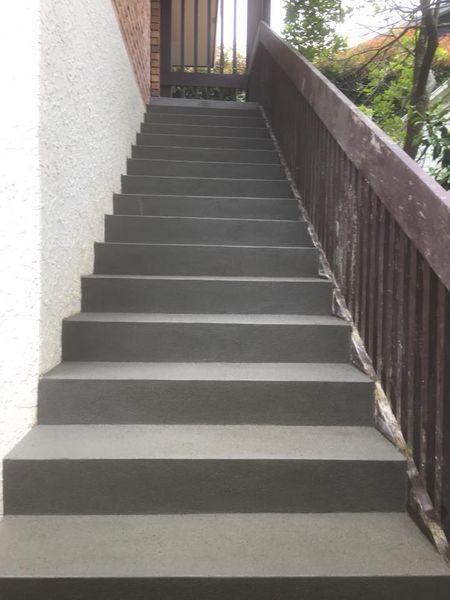 standard plastered steps